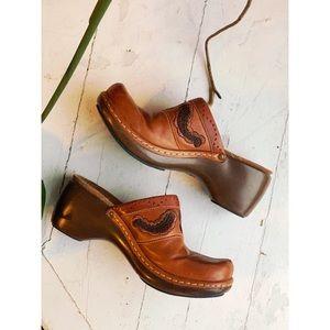 Clark's Indigo brown leather clogs bohemian